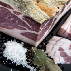 Speck Schulter, Tradition,...